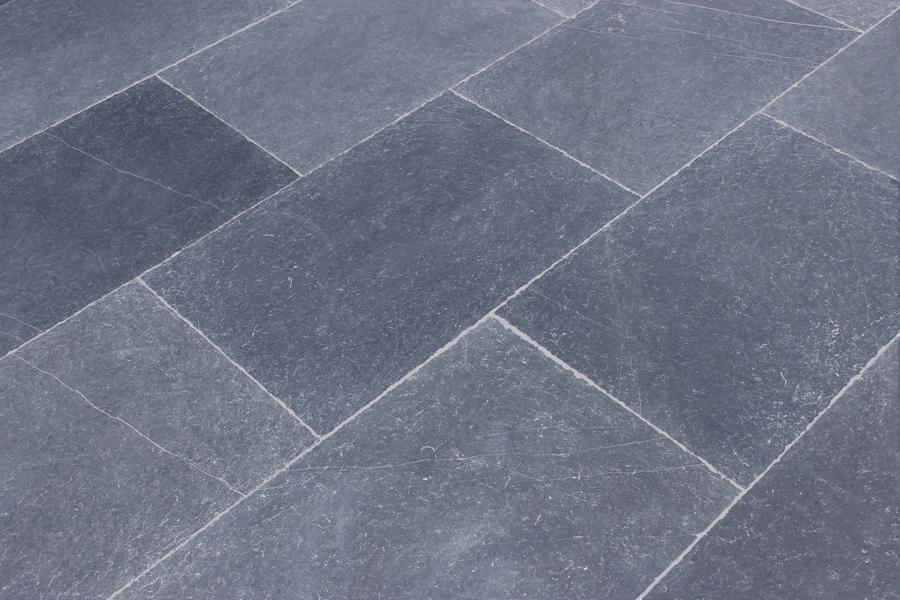 Blue Limestone 16x24 Tile